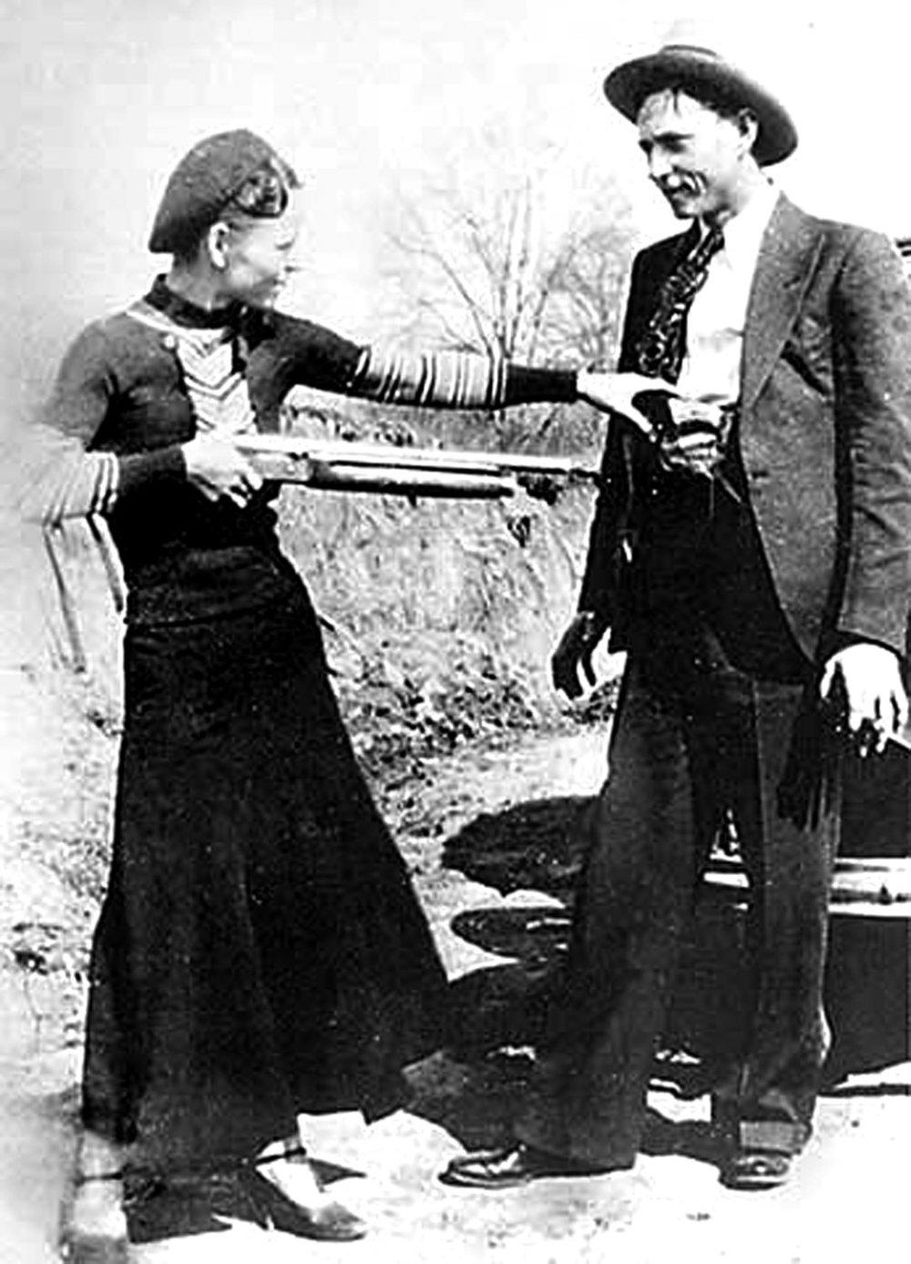 Bonnie and clyde Gun.jpeg
