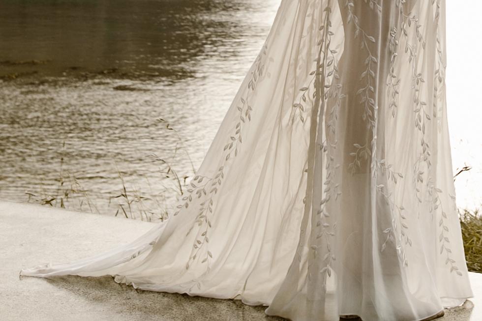 L'eto-Bridal-Gowns-Sydney-Australia-14.jpg