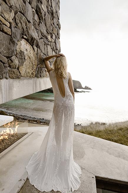 Simple modern bridal gow by L'eto Bridal