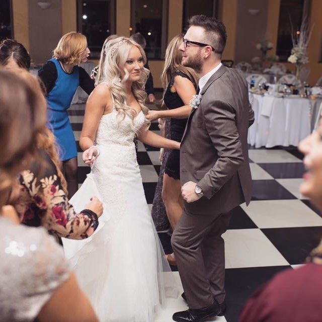 One minute you're dancing at your reception, the next thing you know it's 3 years later. This picture sums us up pretty well. Me trying to make my girl smile. I can't help it...I just love seeing that smile. Happy Anniversary @cosmo_kate!