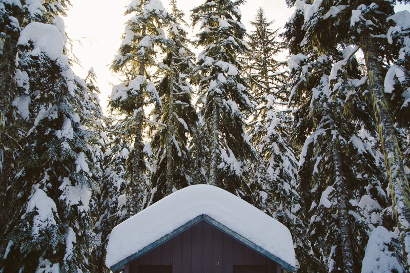 Snowshoeing at Mt Hood | Portland, Oregon Lifestyle Photography | Hailey King Photography