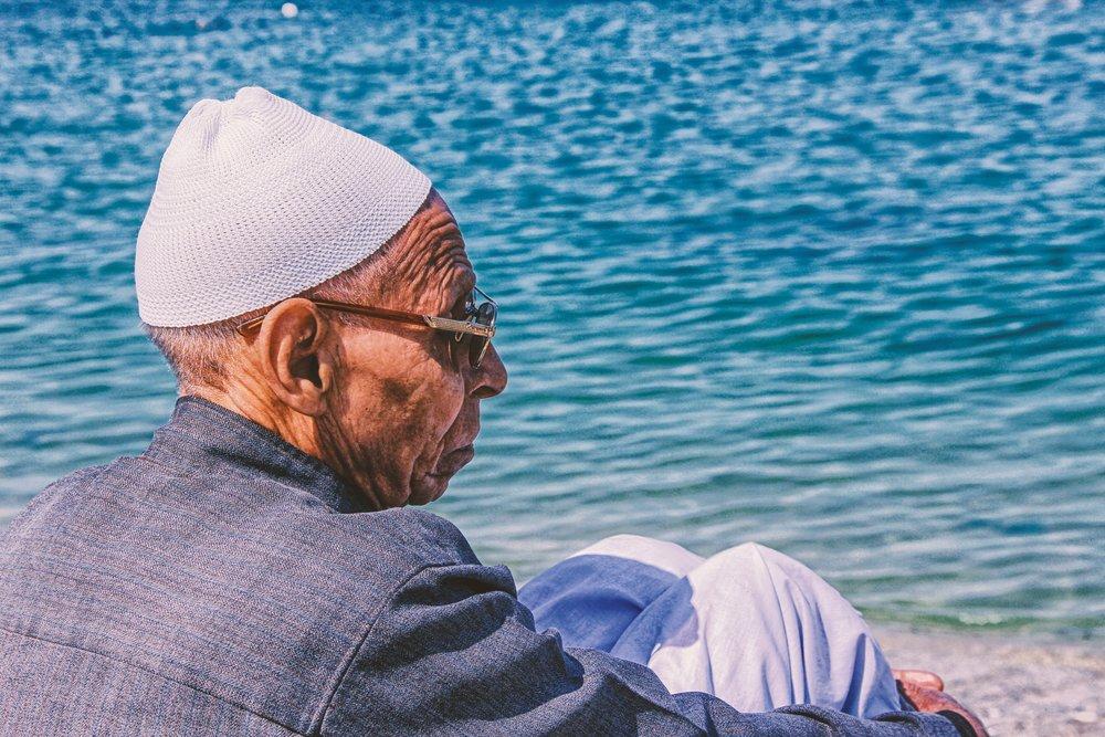 Loneliness 2  Photo by Osama Elsayed on Unsplash.jpg