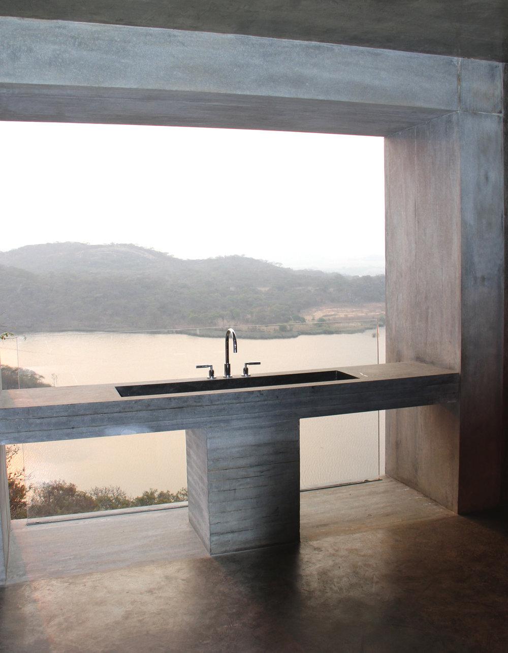 16 Gota Dam.jpg