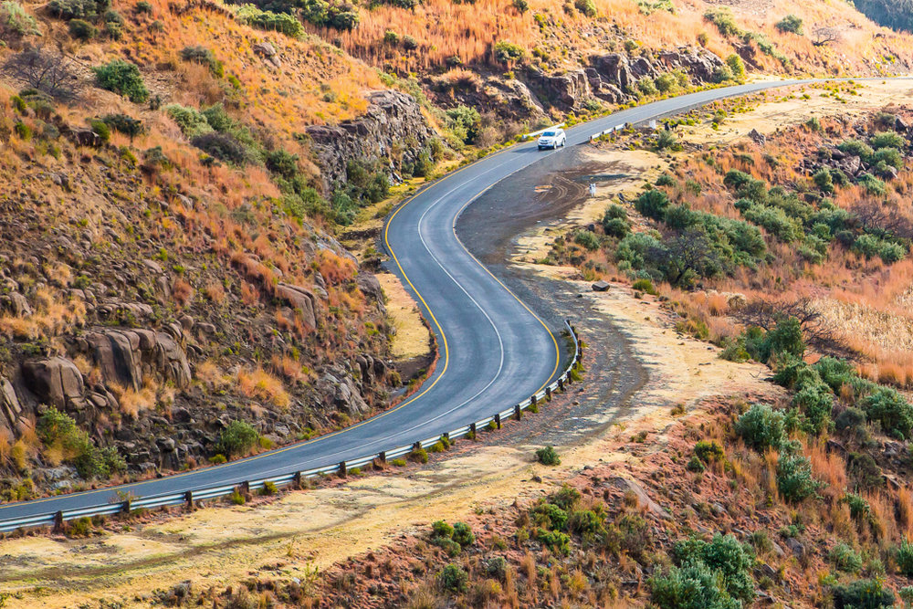 road-through-free-state-south-africa-tyson-jopson.jpg