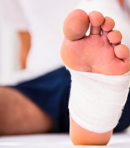 foot ulcer treatment for non-healing wound in manhattan, podiatrist howard goldsmith