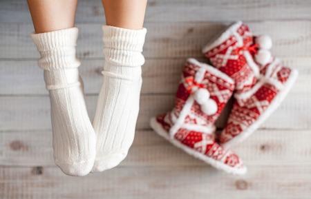 33119577_S_holiday_socks_pamper_slippers.jpg