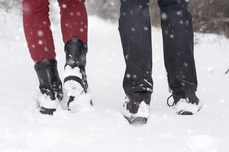 50277578_S_snow_winter_boots_man_woman.jpg