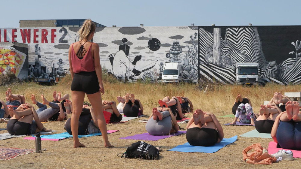 keilecafe yoga 7.jpg