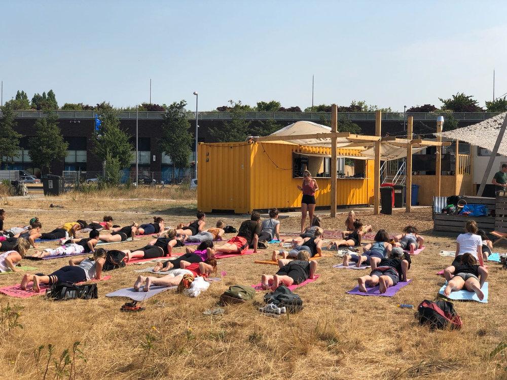 keilecafe yoga 10.jpg