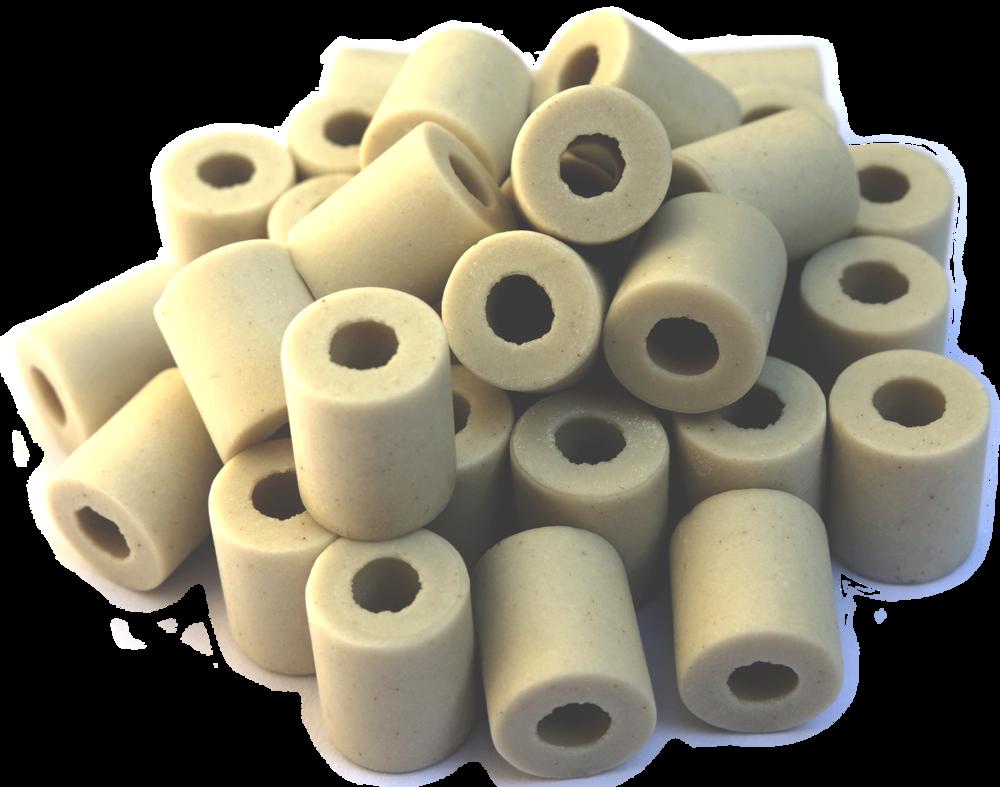 élément terre - Des pipes en céramique structurées par une alchimie de micro-organismes efficaces.