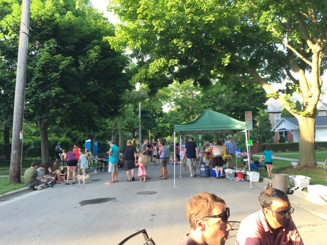 VIlas block party 2016 2.jpg