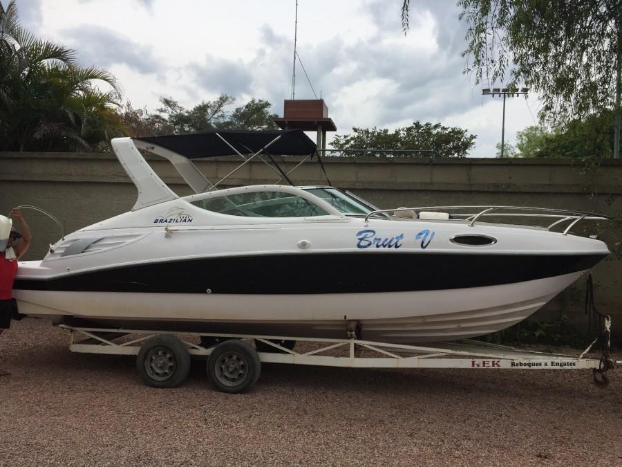 Barco 3 - Proa Aberta, Motor Mercury 150HP Optimax, conjunto 2008, 116hs de uso, bomba de porão, capacidade para 8 pessoas, único dono, muito inteira, ecobatímetro, churrasqueira, banheiro de bordo manual, toldo novo...