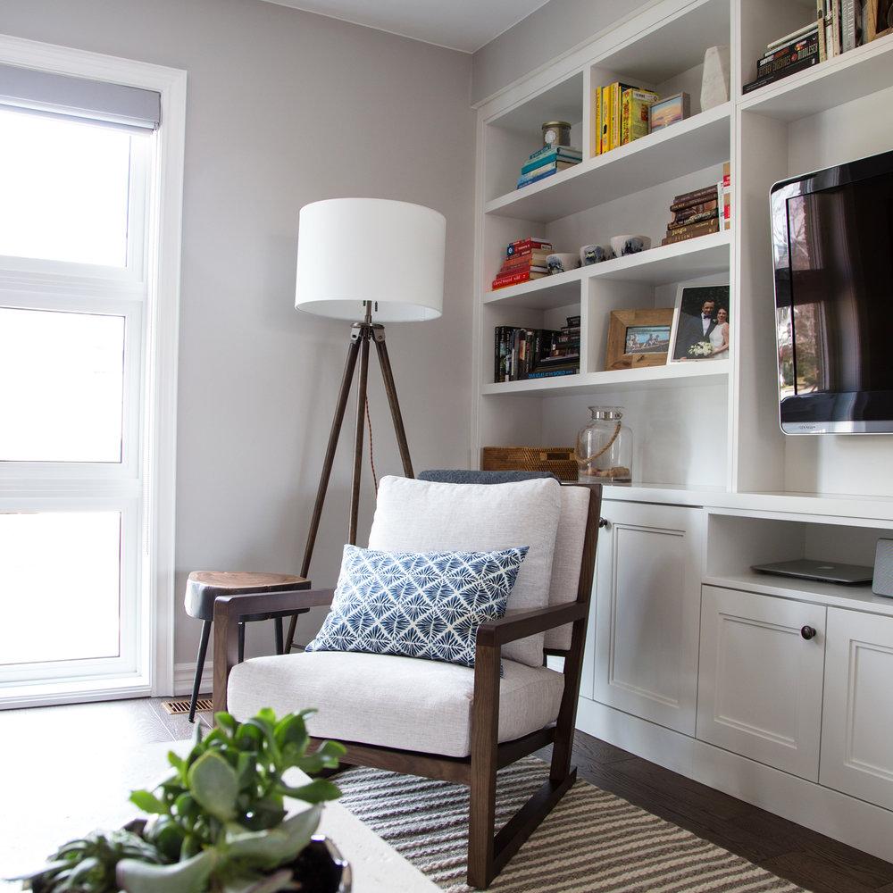teak-armchair