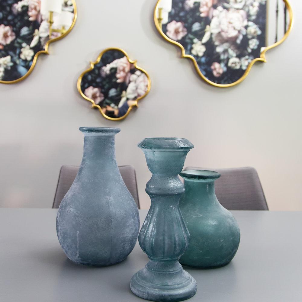blue-vases
