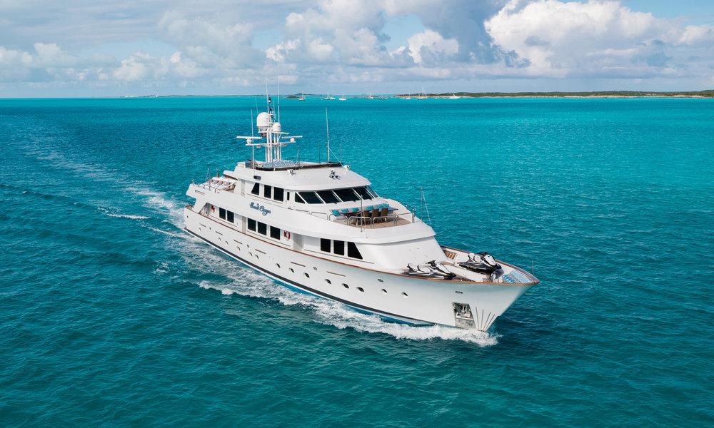 Yacht-Sweet-Escape-Photos-Boat_1.jpg