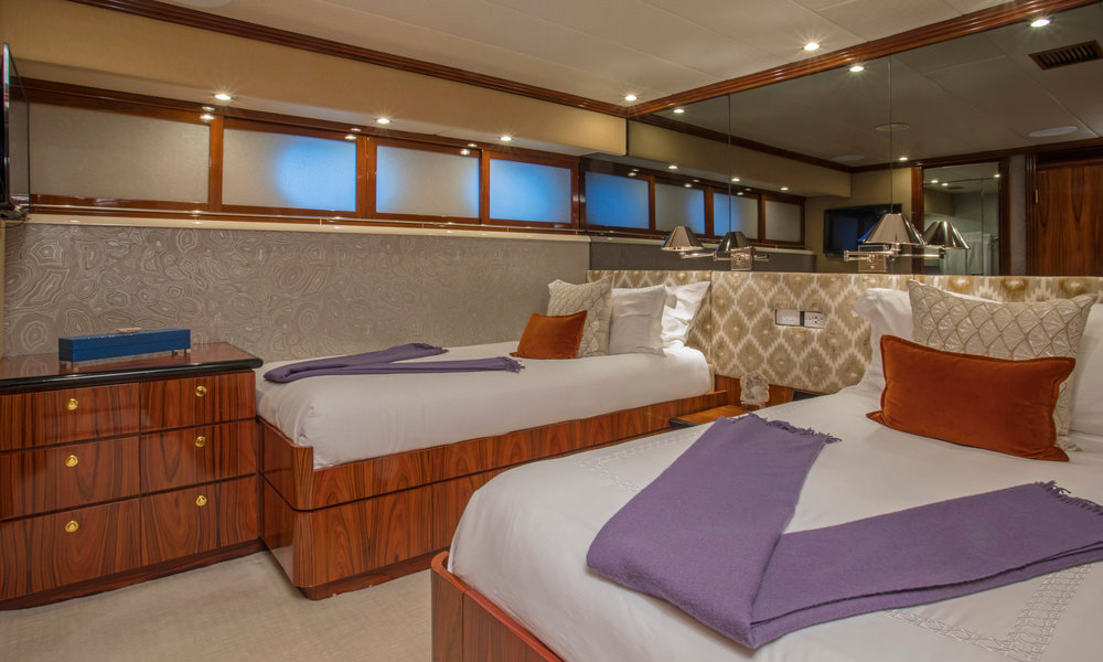 Yacht-Sweet-Escape-Photos-Boat_23.jpg