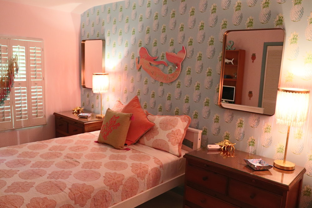 sweet-escape-cottage-paradise-island-lily-pulitzer-bedroom-mermaid-pineapples