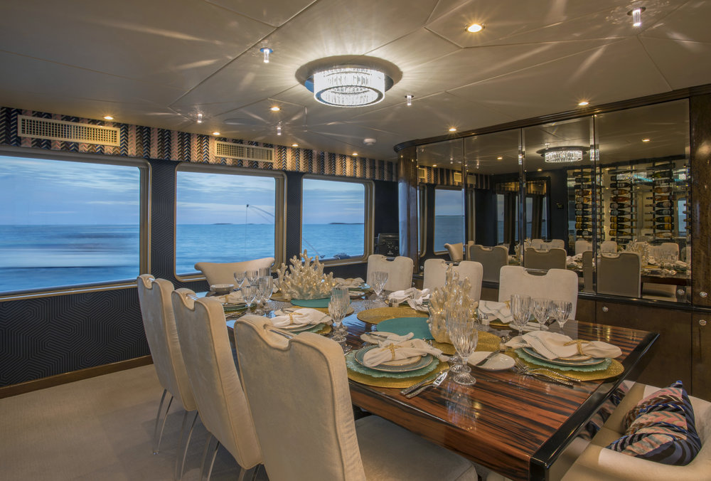yacht-sweet-escape-control-4-dining-room-winewall