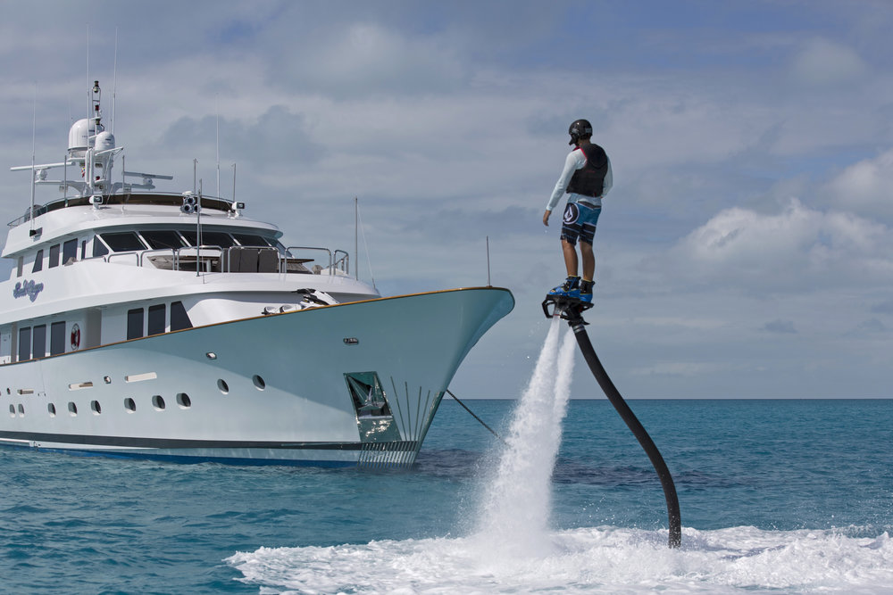 jason-decaires-taylor-Atlas-Yacht-sweet-escape-charter-dive-snorkle-activities-destinations-bahamas-luxury-eco-tourism-mdermaid-copperfield-rudder-cut-cay-fly-board-zacapa