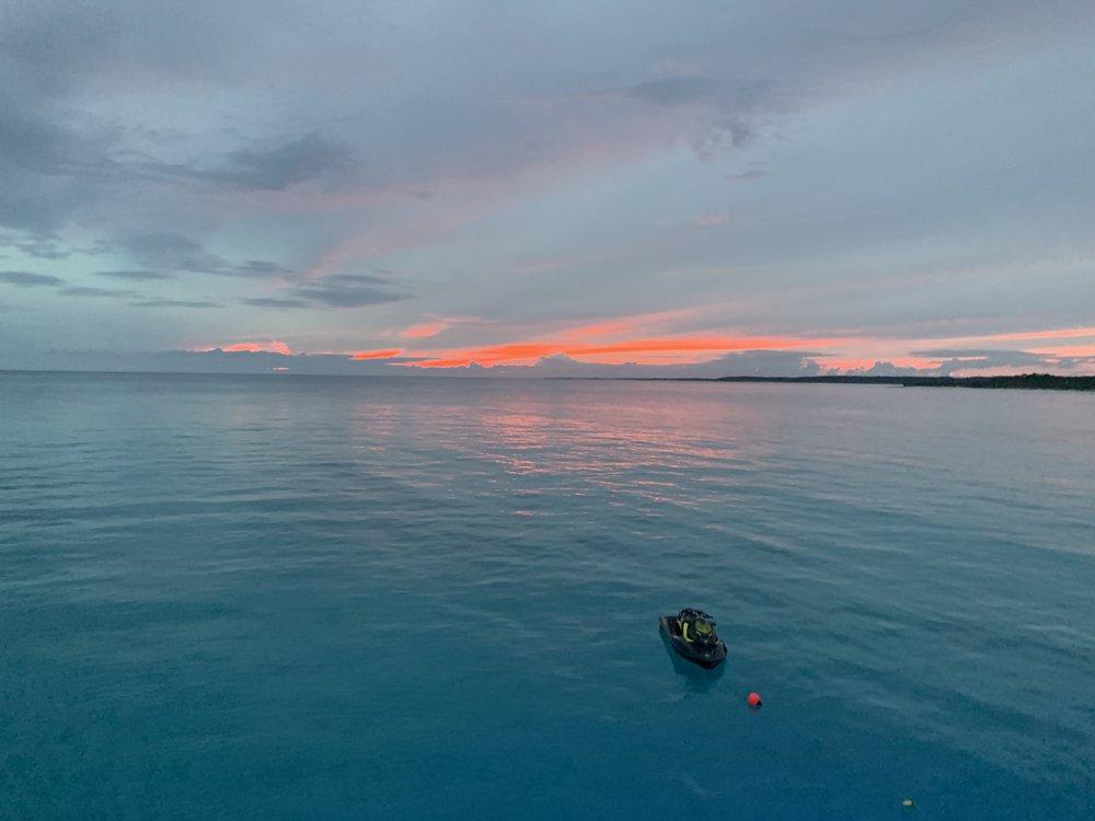 rum-cay-charter-yacht-sweet-escape-sunset-super-moon-usa-today-award-best-rank-beaches