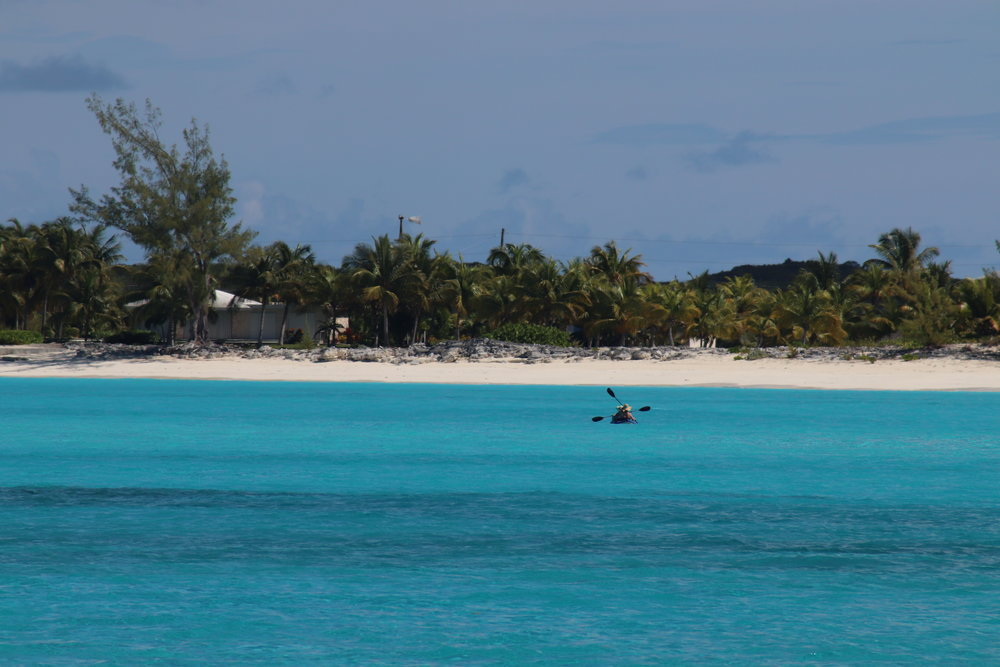 charter-yacht-sweet-escape-USA-today-top-ten-beaches-world-award