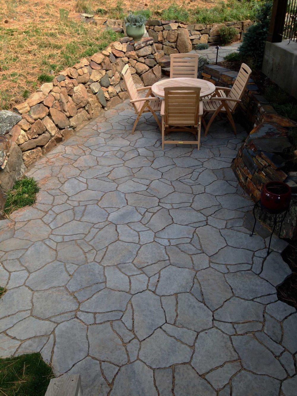 dorrington-patio2-180.jpg