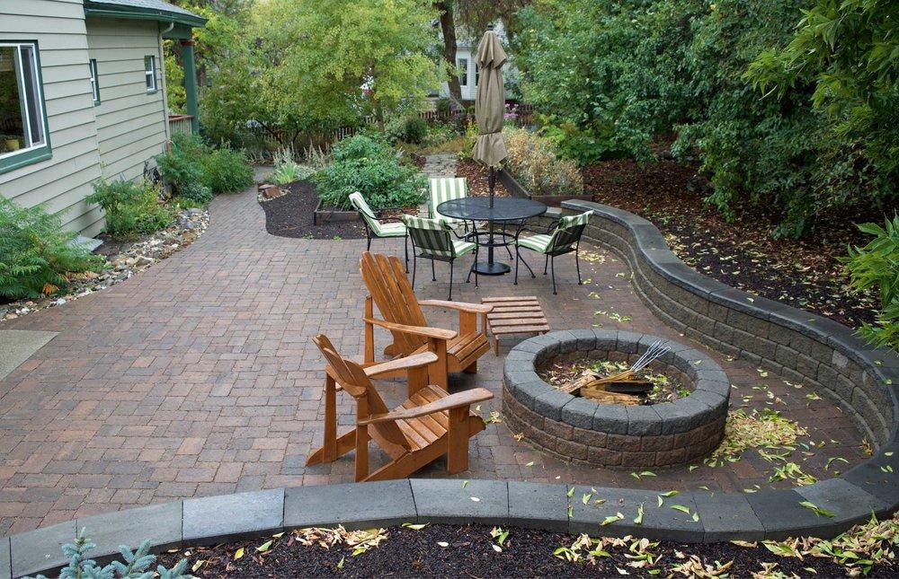 Gude-patio.jpg