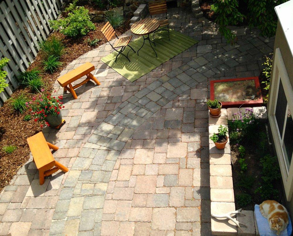 larue-patio180.jpg