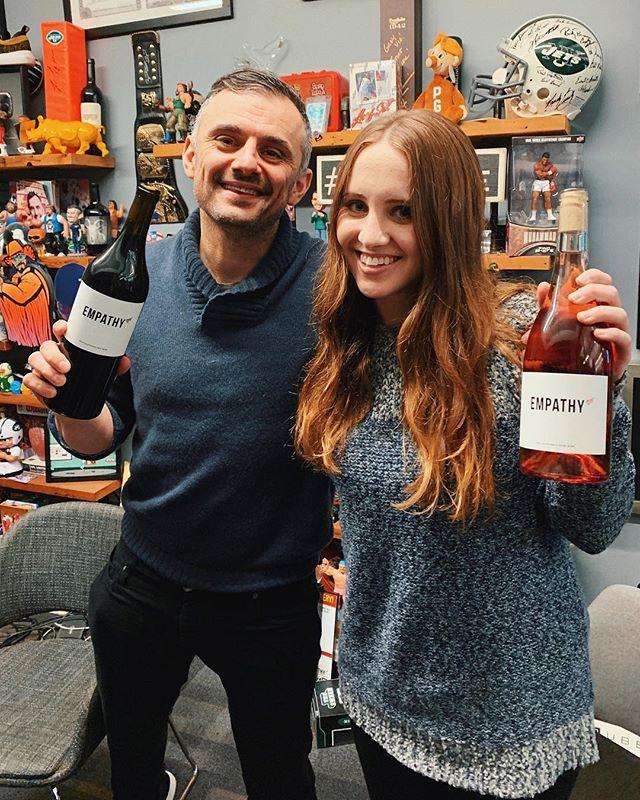 Poppin bottles with @garyvee 👊🏻 @empathywines @empathywines @empathywines