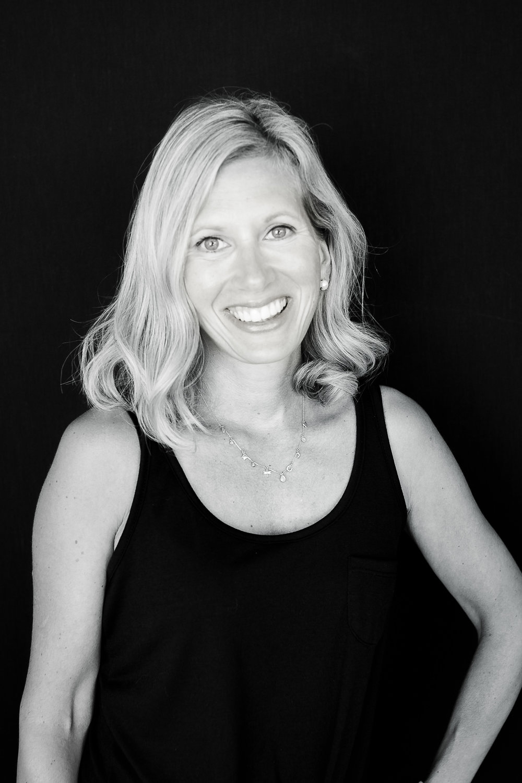 Alycia Clutterbuck, Etoile Yoga Instructor