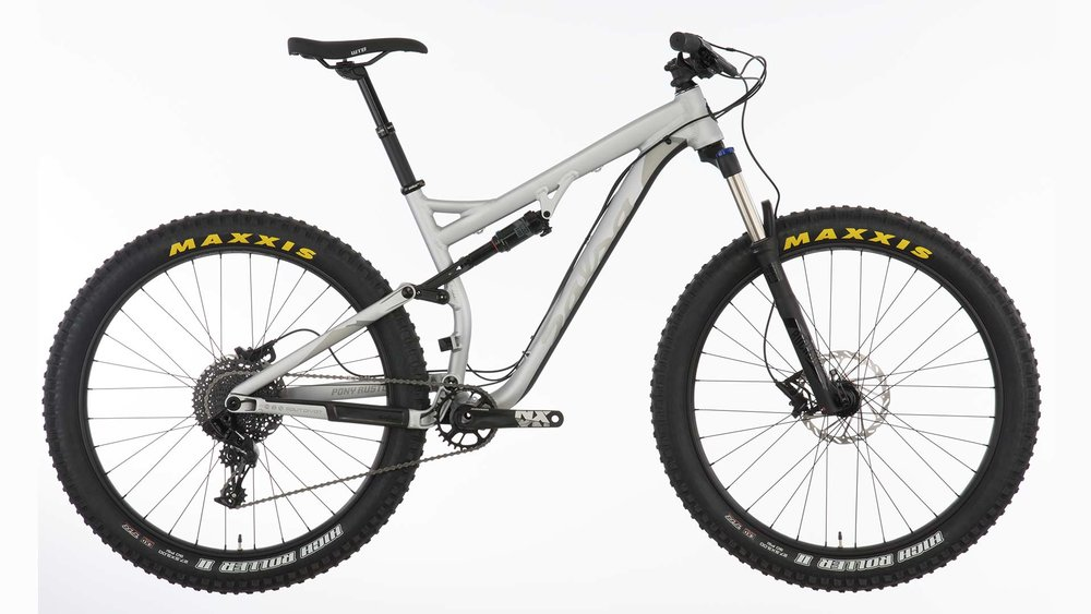 Full Suspension Mountain Bike - Small or Medium  On+Off Road   1 Hr $20, 3 Hrs $35, All Day $50