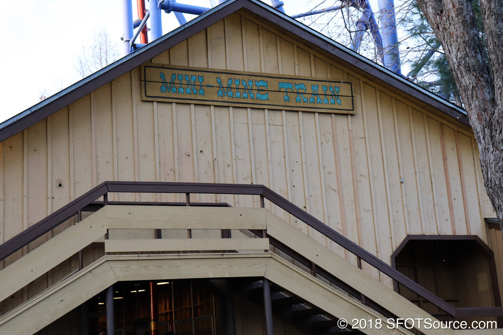 The station signage for Mini Mine Train.