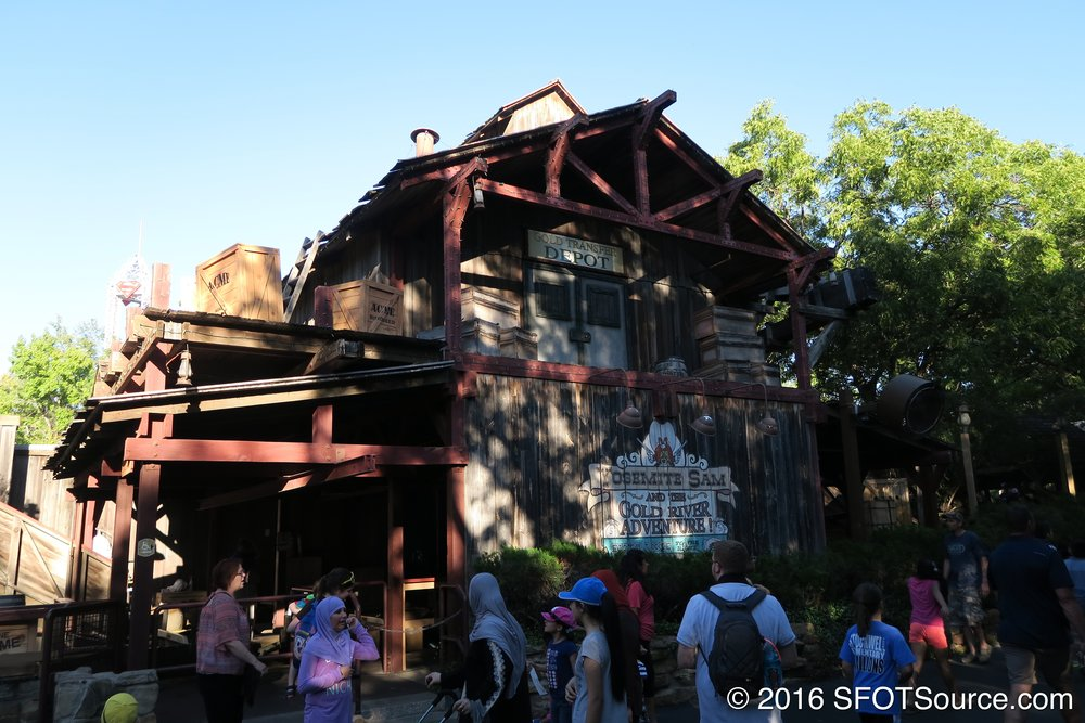 Another look at the ride's station.