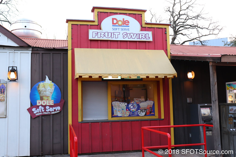 Dole Swirl is an outdoor food stand.
