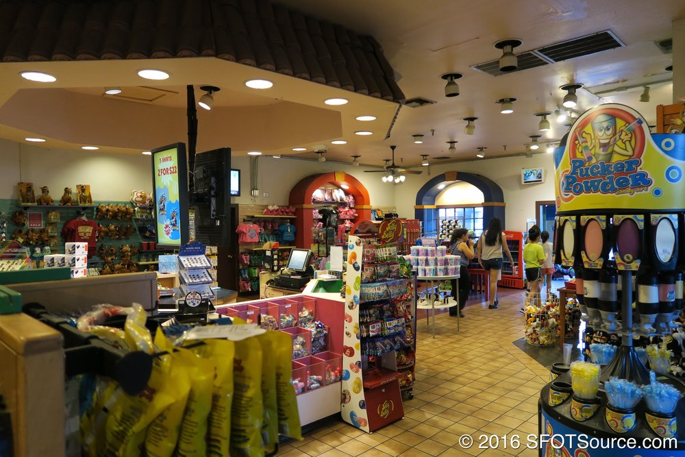 A look at the interior of Casa de Six Flags.