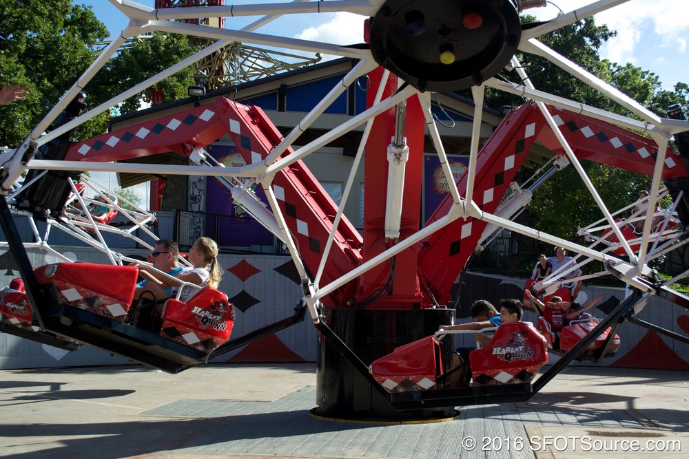 Harley Quinn Spinsanity spins riders around.