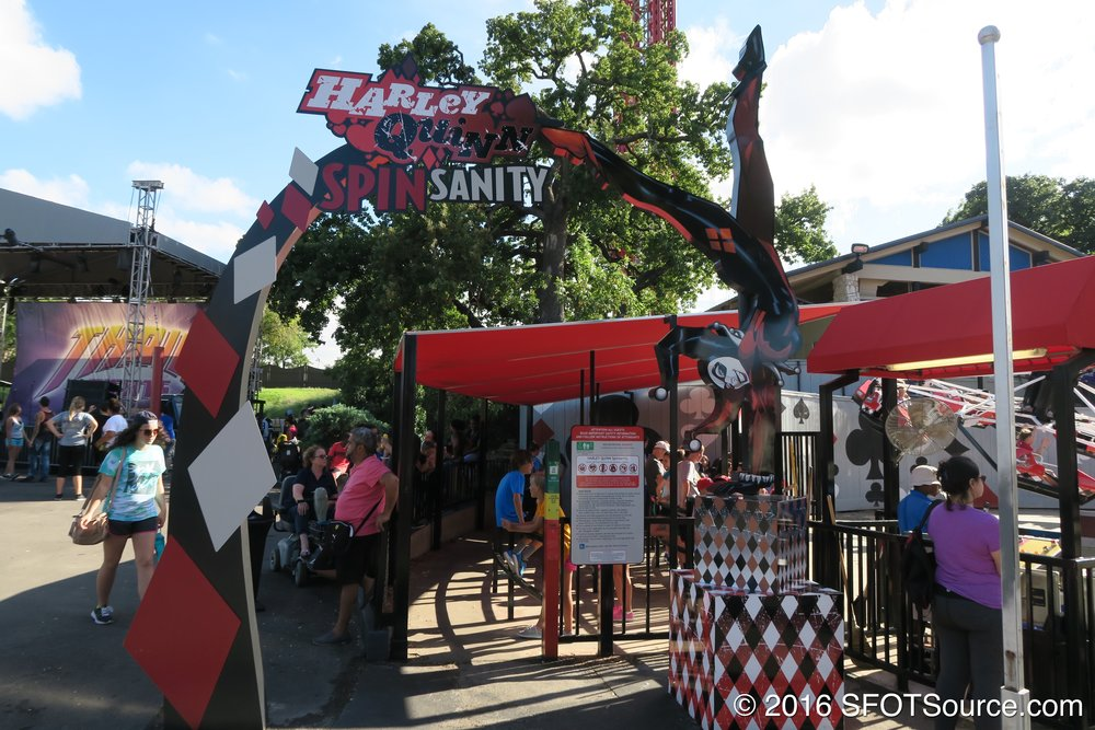 The main entrance to Harley Quinn Spinsanity.