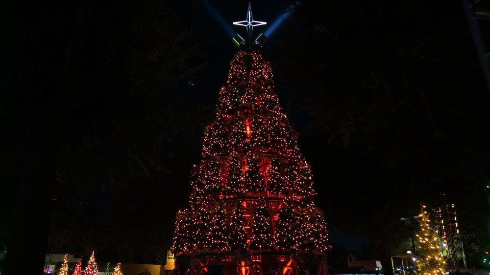 Tree of Trees Light Spectacular - Gather around the Silver Star Mall throughout the evening as the Tree of Trees presents many entertaining Christmas light shows to popular holiday music.
