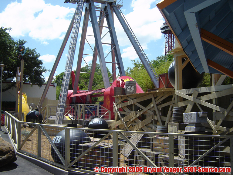 ACME Rock-n-Rocket was actually transported from Six Flags Over Georgia.