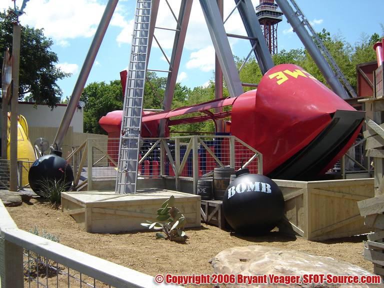 Another look at ACME Rock-n-Rocket.