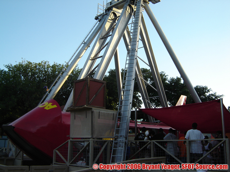 A look at ACME Rock-n-Rocket from its queue line.