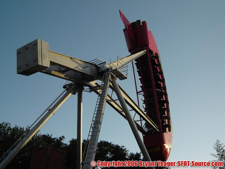 ACME Rock-n-Rocket in action.