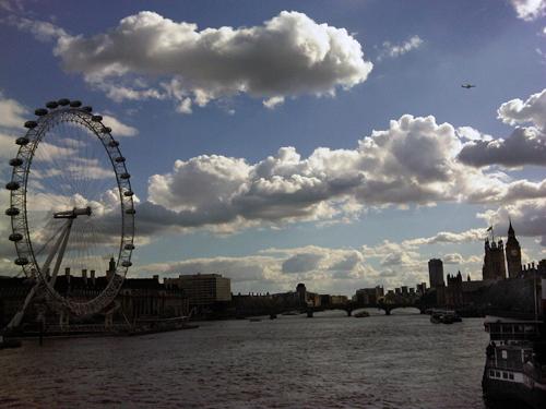 londoneyedaytime.jpg