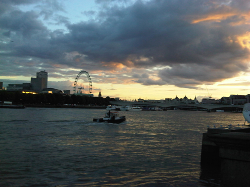 Clouds rolling in over the Thames