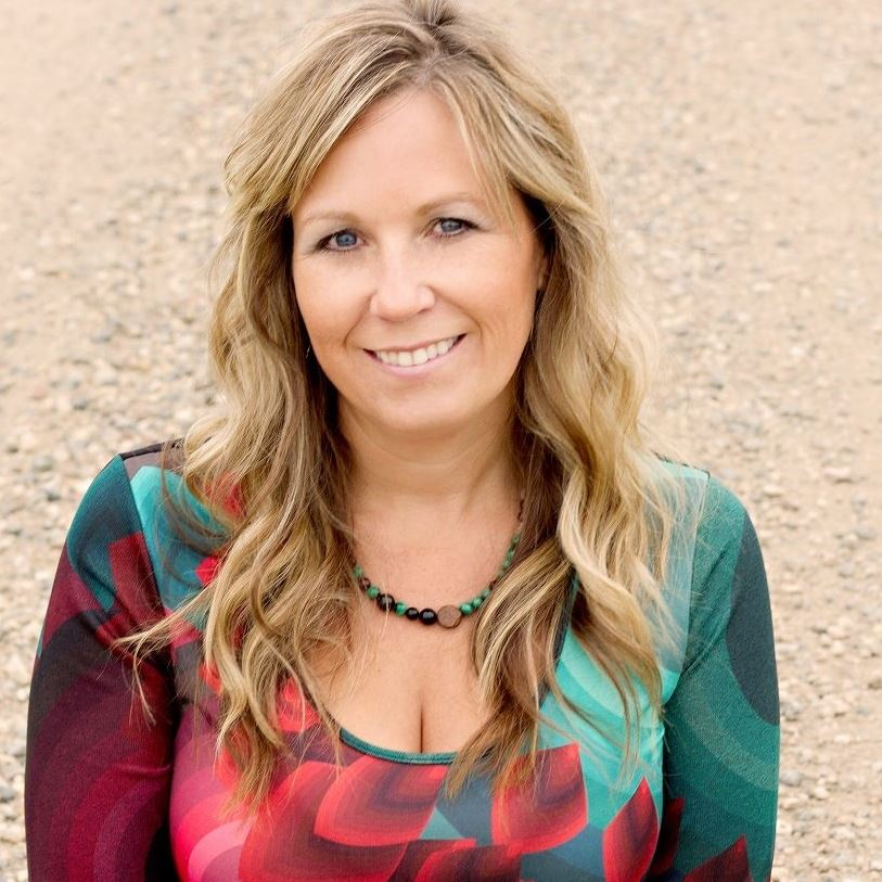 Tracy, Elements Holistic Living, Business Owner, Canada