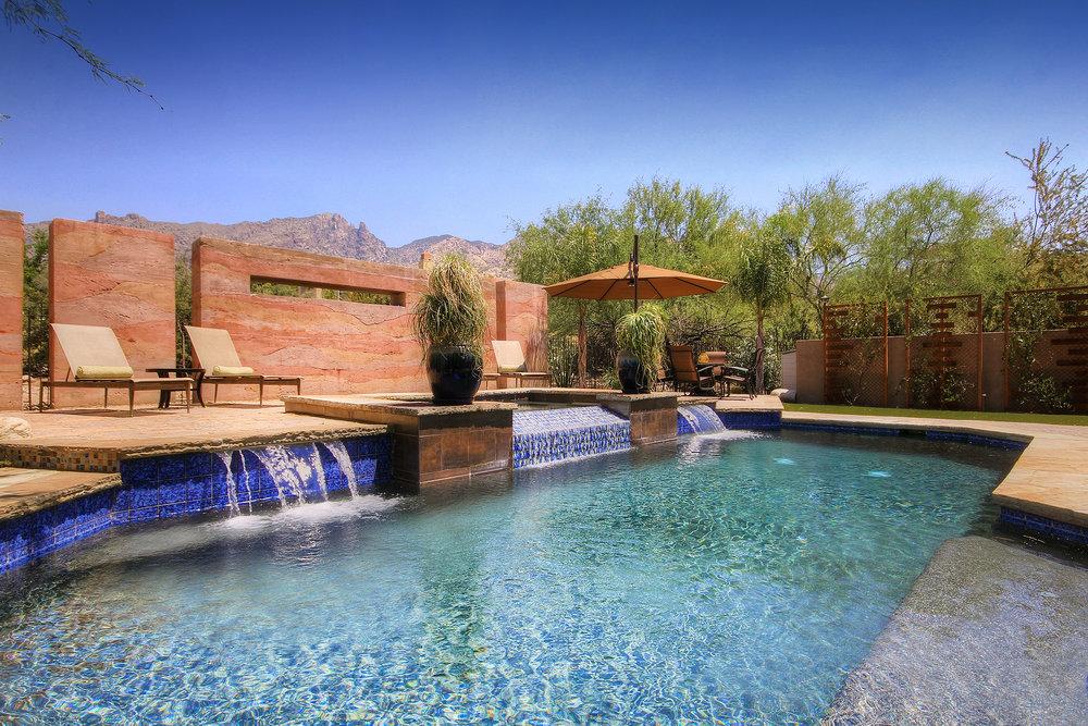 outdoor living design.jpg