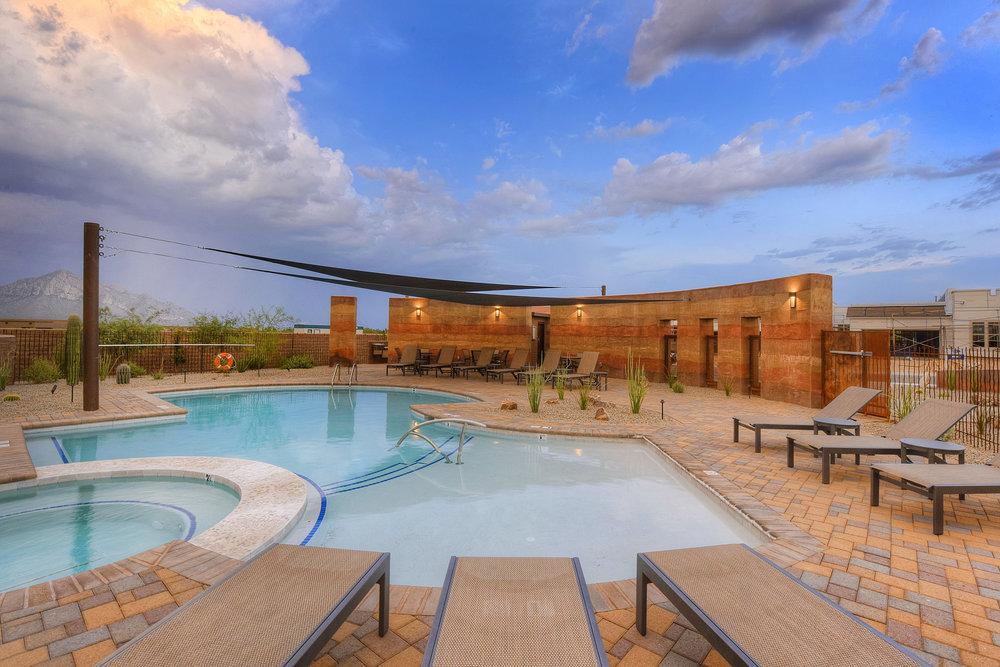 luxury pool design.jpg
