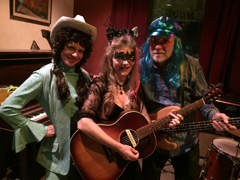 Halloween fun with two of my favorite rock stars Lorretta Lynn's lost sister Rebecca Campbell and the Blue Rocker Steve Switzer