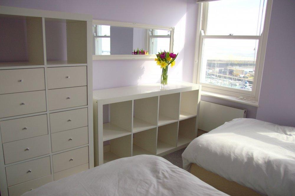 Twin room HV 1.jpg