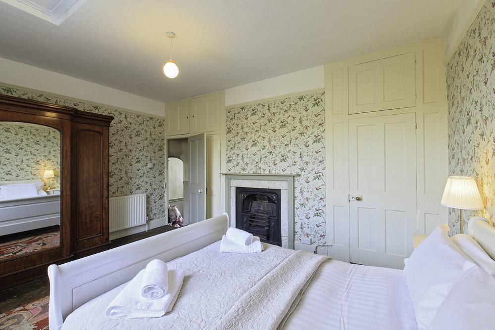 First bedroom 2.JPG